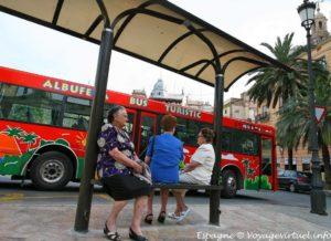 Buses urbanos y metropolitanos de España