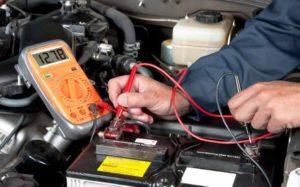 Síntomas de problemas con la batería de tu coche