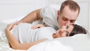 el deseo, el amor romántico y el cariño o apego emocional