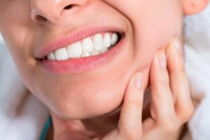 Caries o problemas periodontal o encía