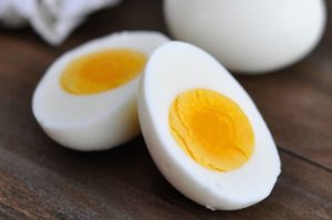 Preparación huevo duro