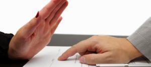 ¿Quién puede realizar un poder notarial?