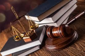 cuanto gana un abogado al mes en mexico