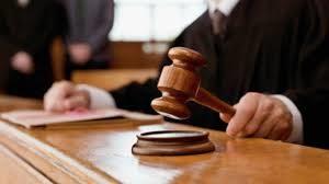 cuanto gana un juez en españa 2017