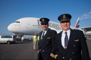 cuanto gana un piloto de avion en españa