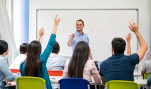 cuánto gana un profesor de infantil