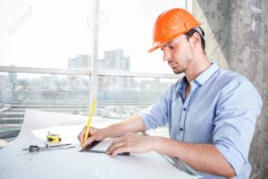 cuánto gana un arquitecto al mes