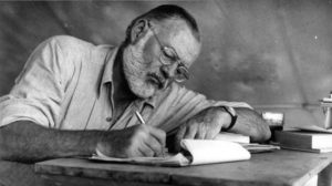 cuanto gana un escritor en mexico