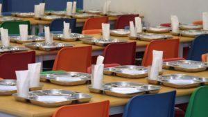 cuanto gana un monitor de comedor escolar