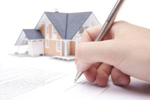 cuánto gana un registrador de la propiedad
