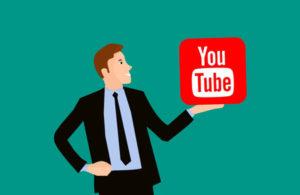 cuanto gana un youtuber al año
